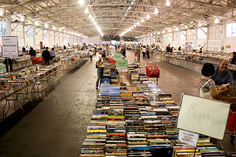 Book Fair Fundraising. A rewarding fundraising event! (Photo by Matt Baume / Flickr)